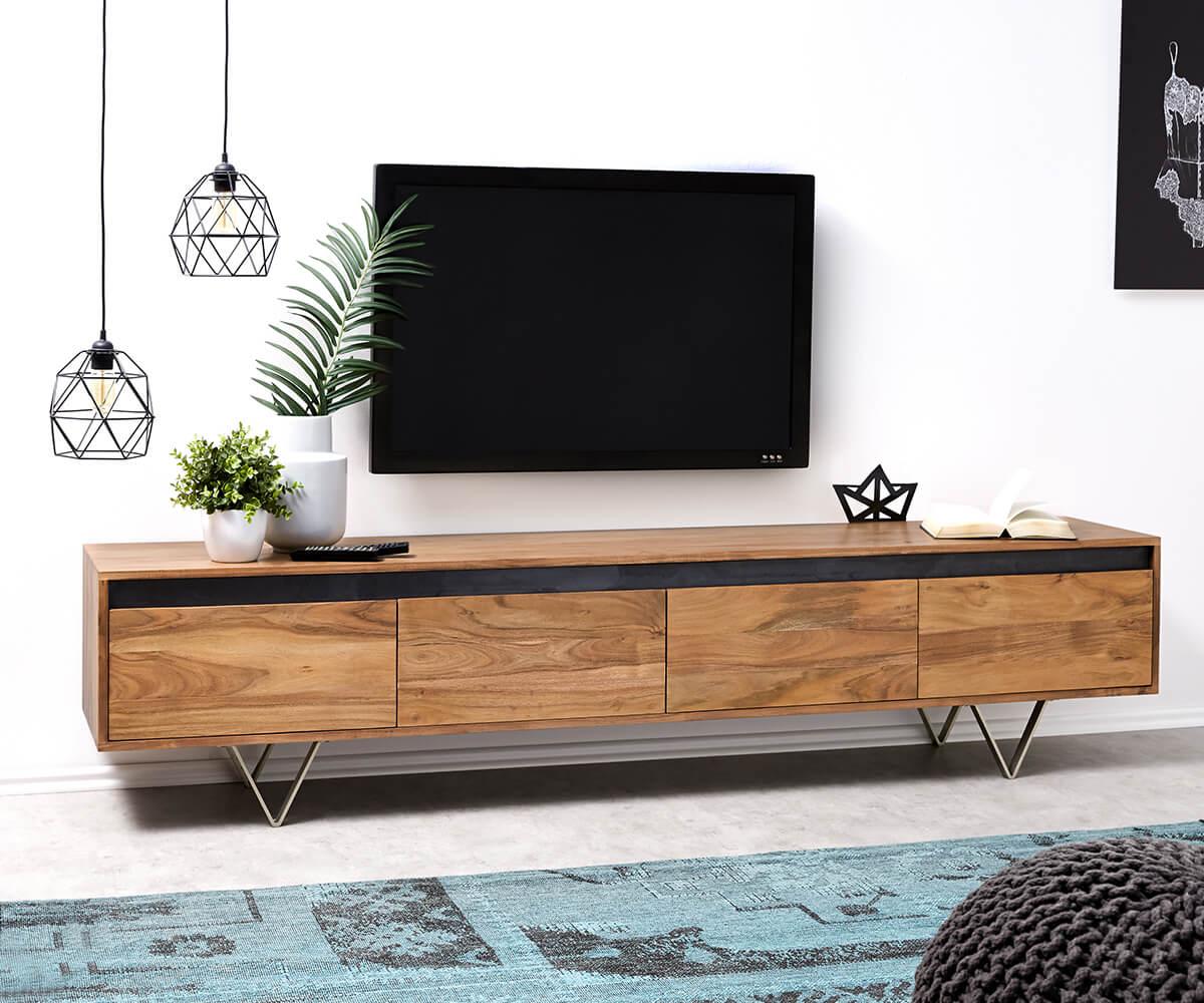 Elegante skandinavische Möbel