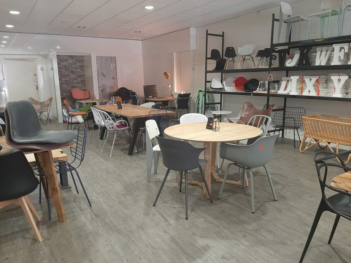 Italianate Wohnmöbel  Möbel